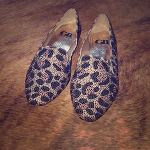 GB Leopard print loafers 🐆